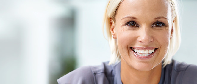¿Producen los implantes dentales dolor?